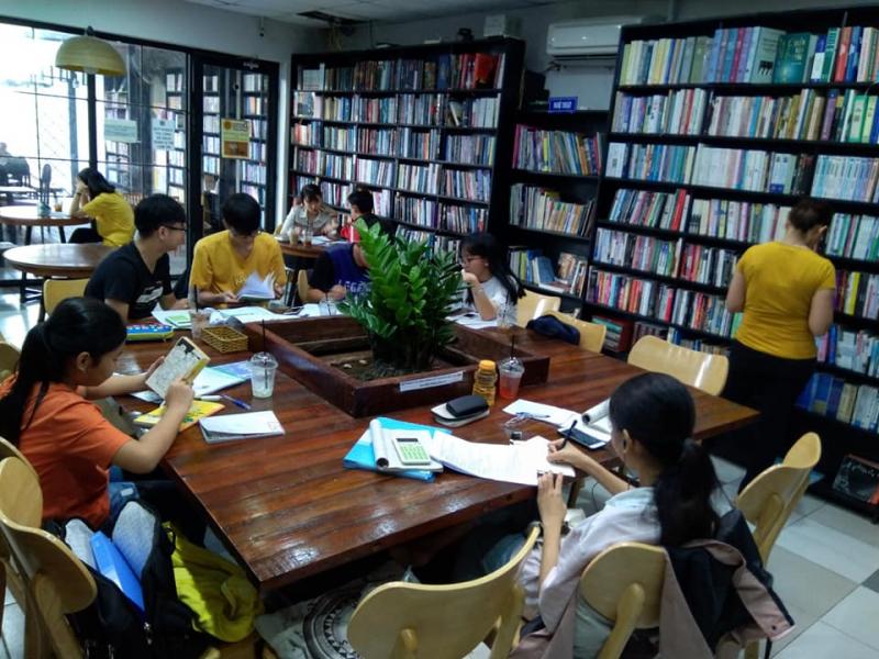 Ngọc Tước Book Cafe địa chỉ học nhóm của rất nhiều bạn nhỏ