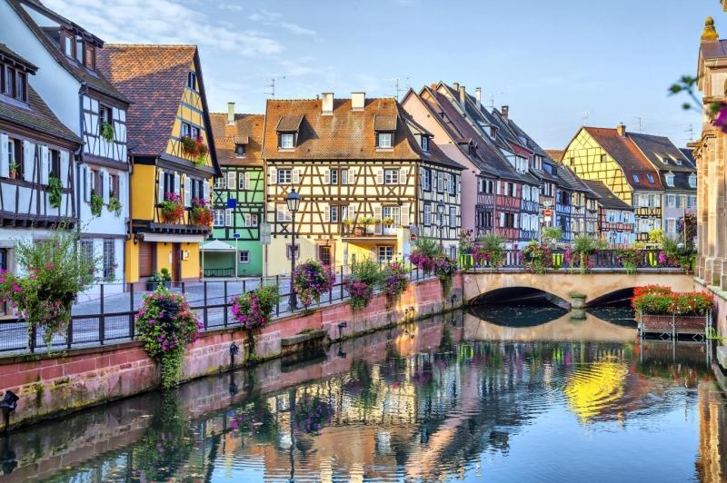 Ngôi làng như bức tranh thôi miên ánh mắt...