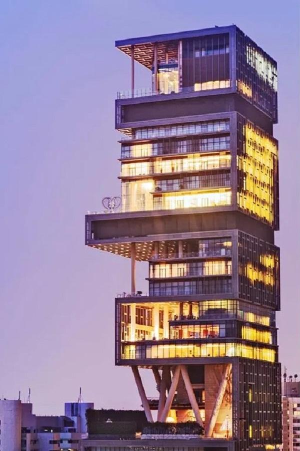Ngôi nhà đắt giá nhất thế giới: Antilia, Mumbai, Ấn Độ