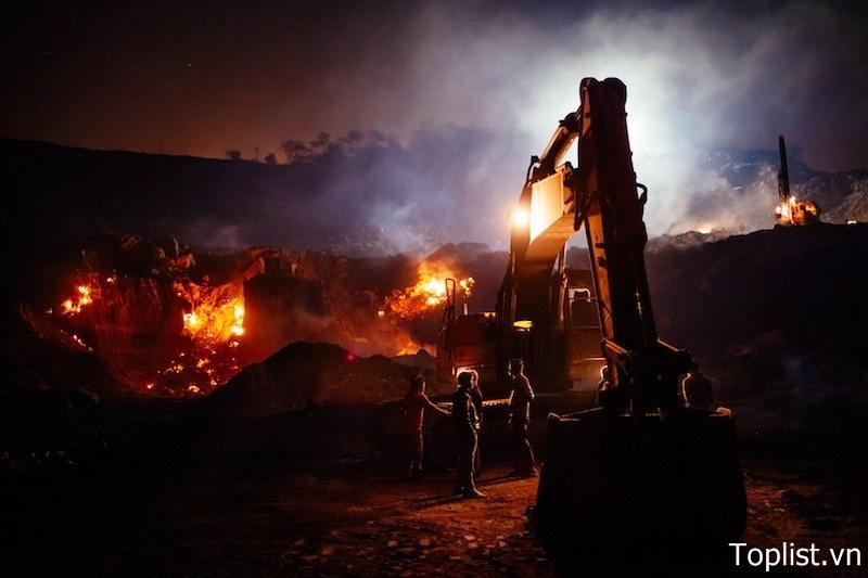 Ngọn lửa ở cánh đồng than Jharia