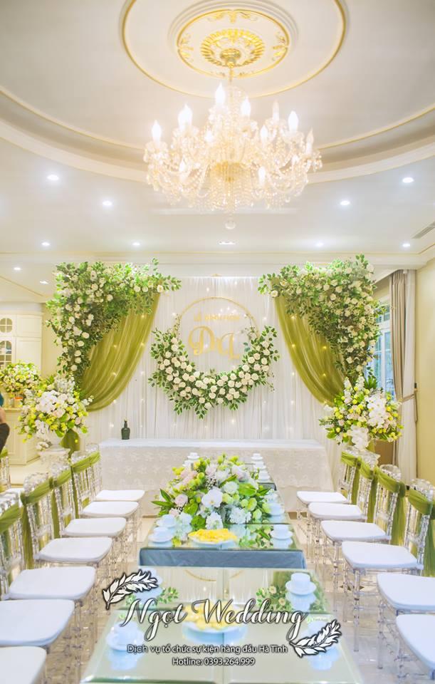 Không gian rạp cưới lịch sự, trang nhã và không kém phần sang trọng