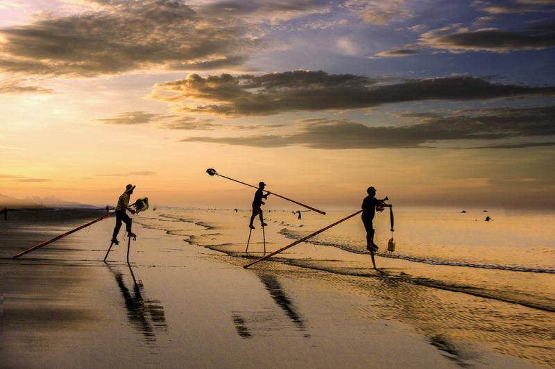 Ngư dân và biển cả