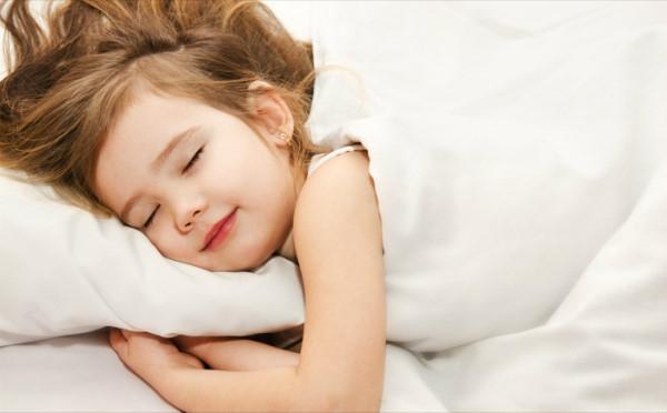 Ngủ đủ giấc để thúc đẩy trao đổi chất giúp giảm mỡ bụng