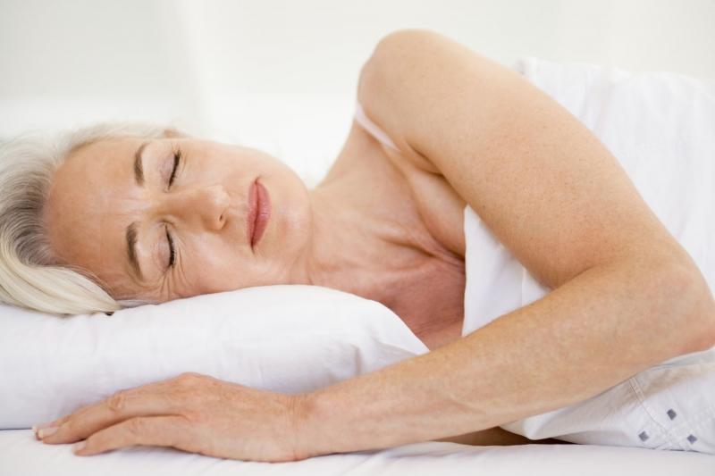 Không chỉ riêng chế độ dinh dưỡng mà ngủ đủ giấc cũng là một trong những lý do giúp cải thiện trí nhớ vô cùng hiệu quả.