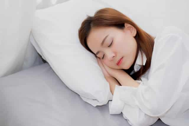 Ngủ đủ giấc giúp giảm cân
