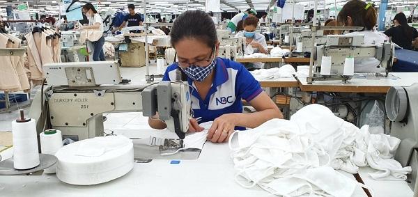 Người lao động bị tạm hoãn hợp đồng lao động, nghỉ không lương tại các doanh nghiệp