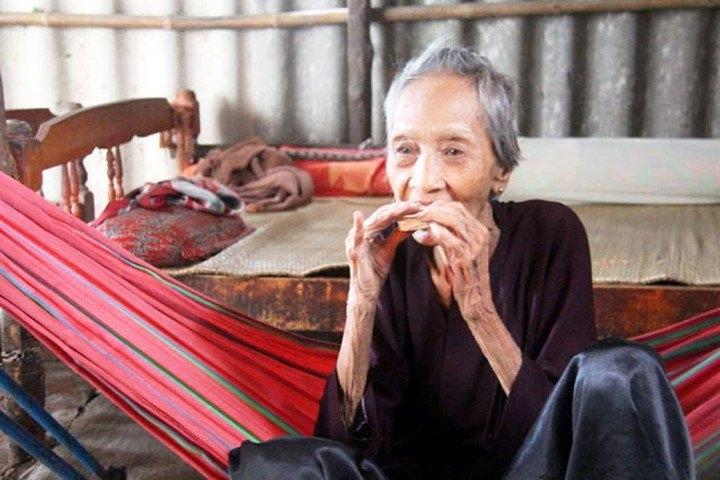 Người sống lâu nhất thế giới (cụ bà nguyễn thị trù 123 tuổi)