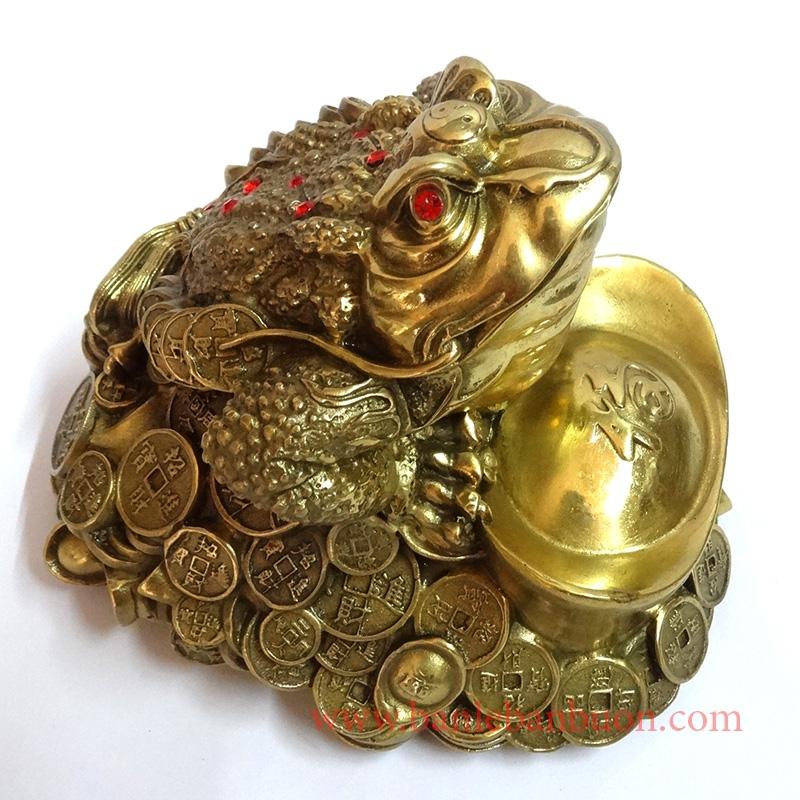 Người tuổi Ngọ chọn cóc bằng đồng sẽ hút nhiều may mắn