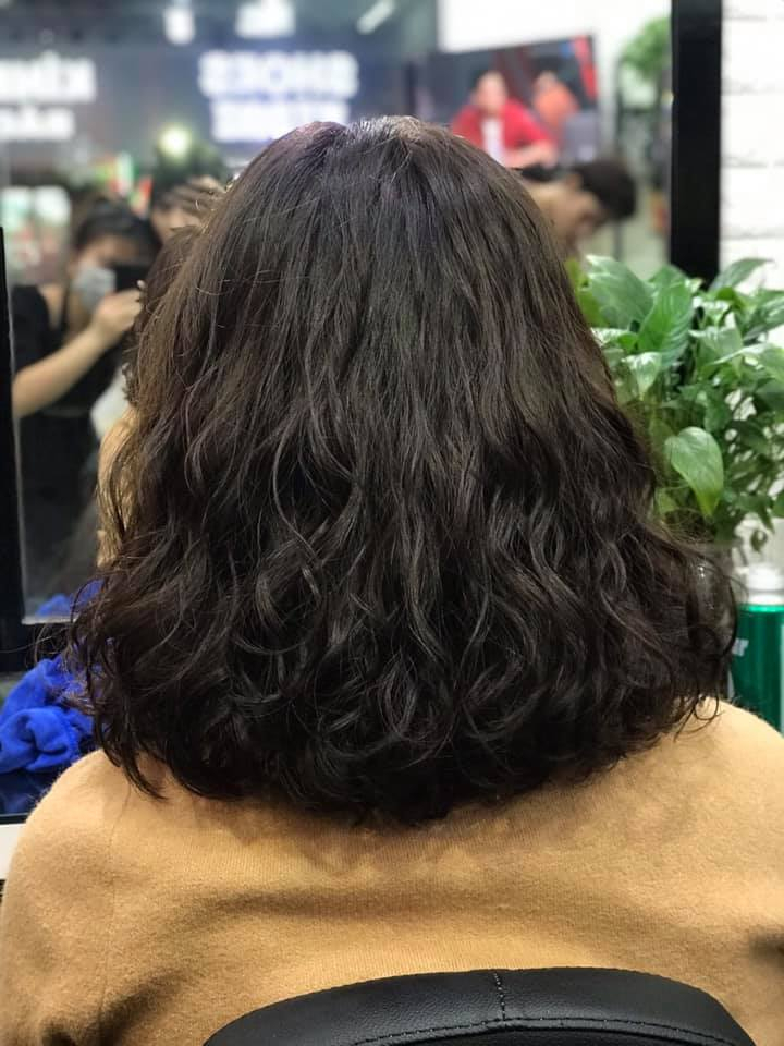 Nguyễn Hùng Hair Salon