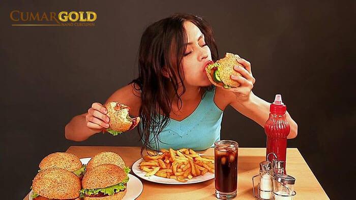 Chế độ ăn uống thiếu khoa học