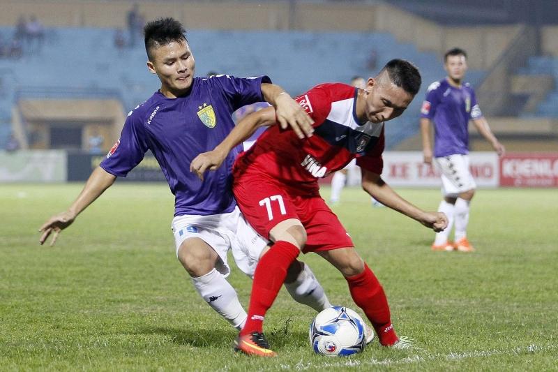 Cầu thủ trẻ Quang Hải đã có một mùa giải vô cùng ấn tượng với Hà Nội T&T.