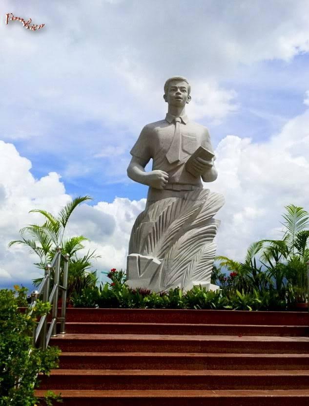 Tượng đài Nguyễn Thái Bình