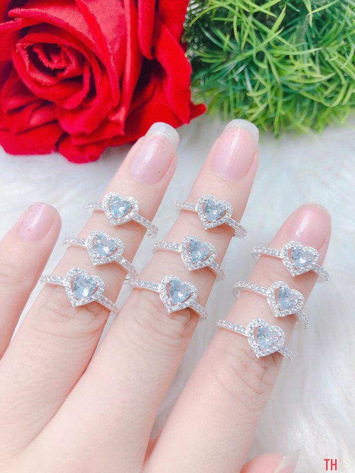 Nguyễn Thị Bảo Yến - Trang sức vàng, bạc, phong thuỷ