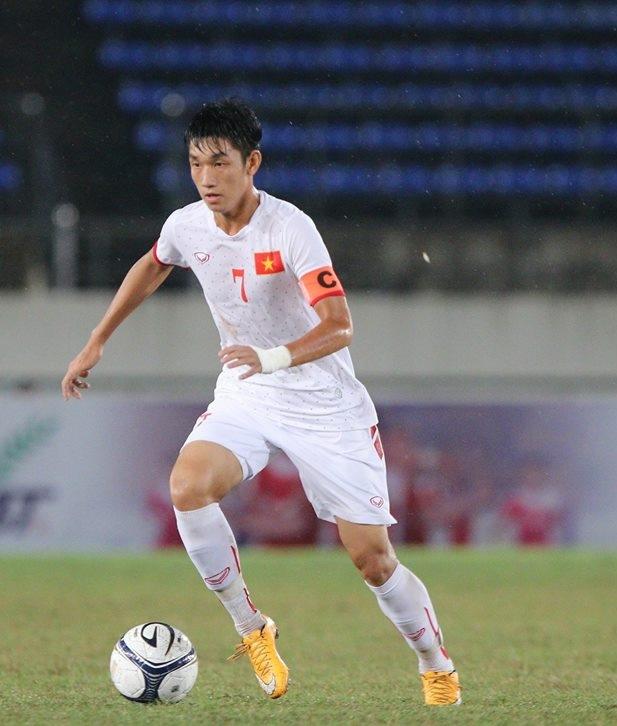 Thi đấu chắc chắn cộng với bản lĩnh vững vàng, Trọng Đại xứng đáng là thủ lĩnh của U19 Việt Nam.