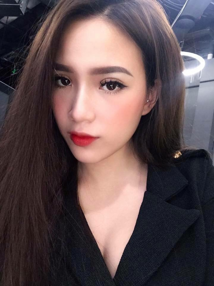 Nguyễn Yến nhấn mí (MINI Beauty Spa)