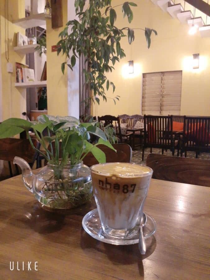 Nhà 87 cà phê