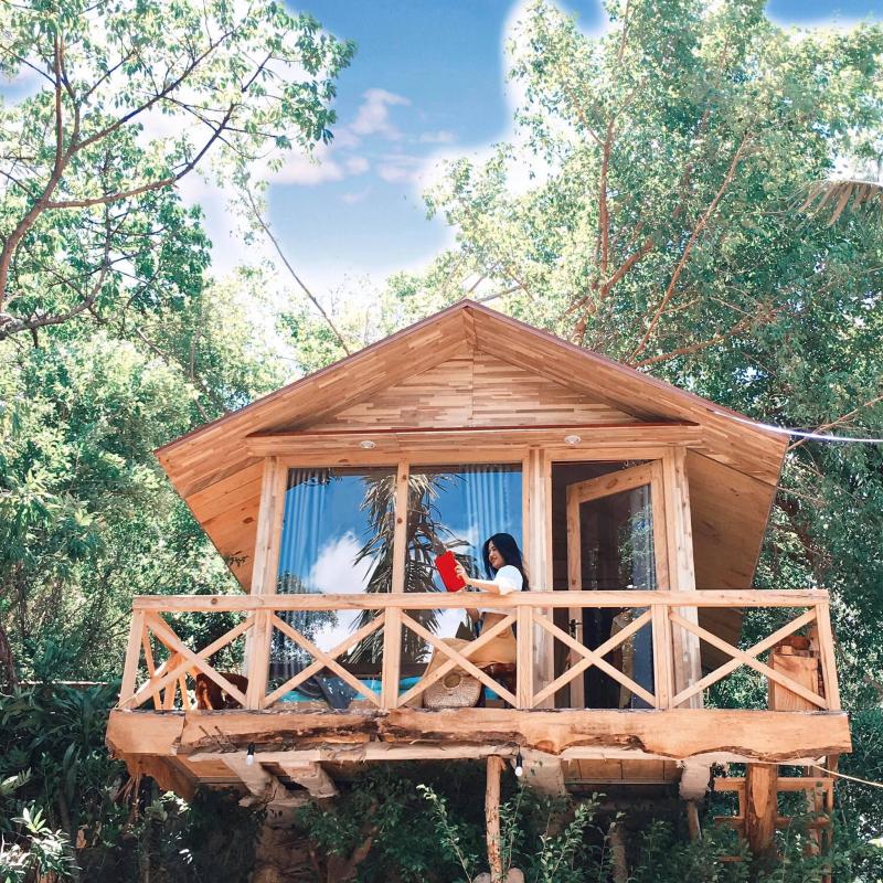 Nhà Bên Rừng U Lesa