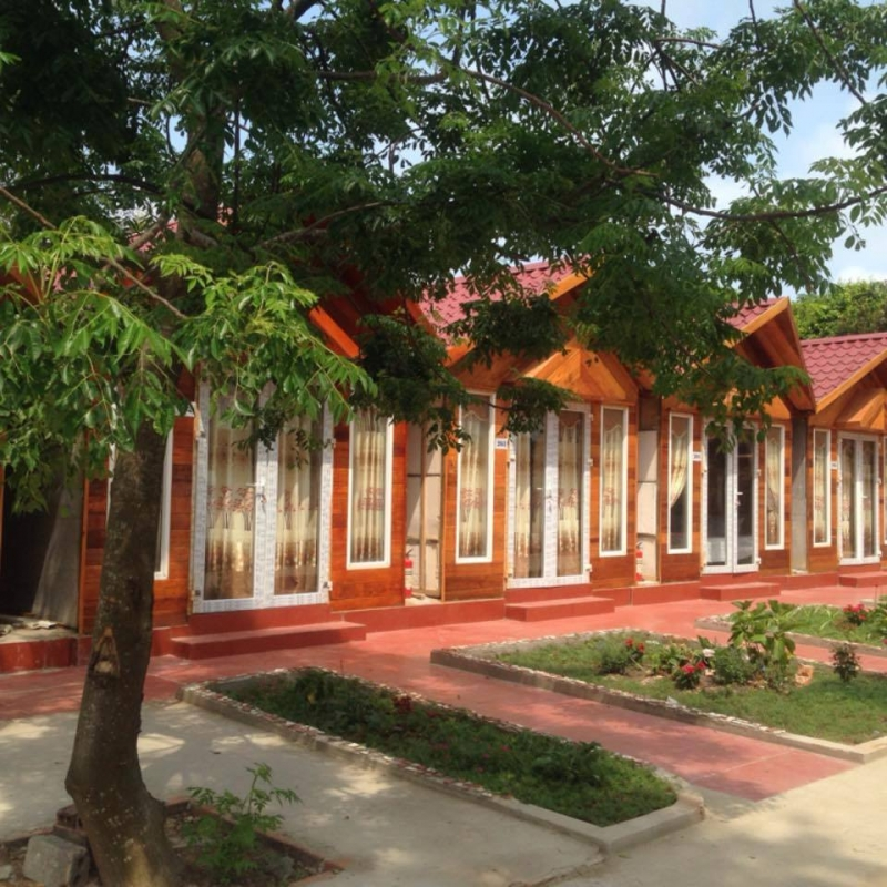 Nhà gỗ Chung Vũ