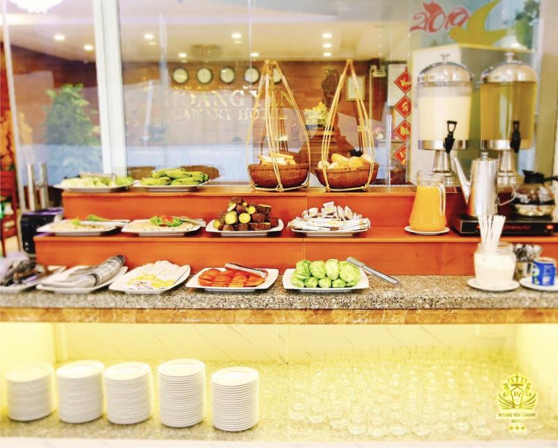 Nhà hàng buffet khách sạn Hoàng Yến Canary