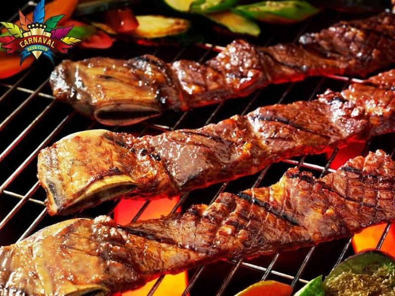 Nhà hàng Carnaval sở hữu menu lên đến 200 món ngon đặc sắc