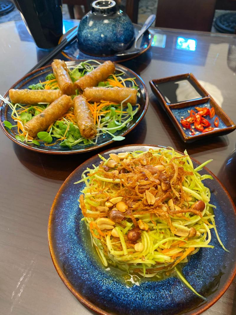 Nhà hàng chay Châu Hoan