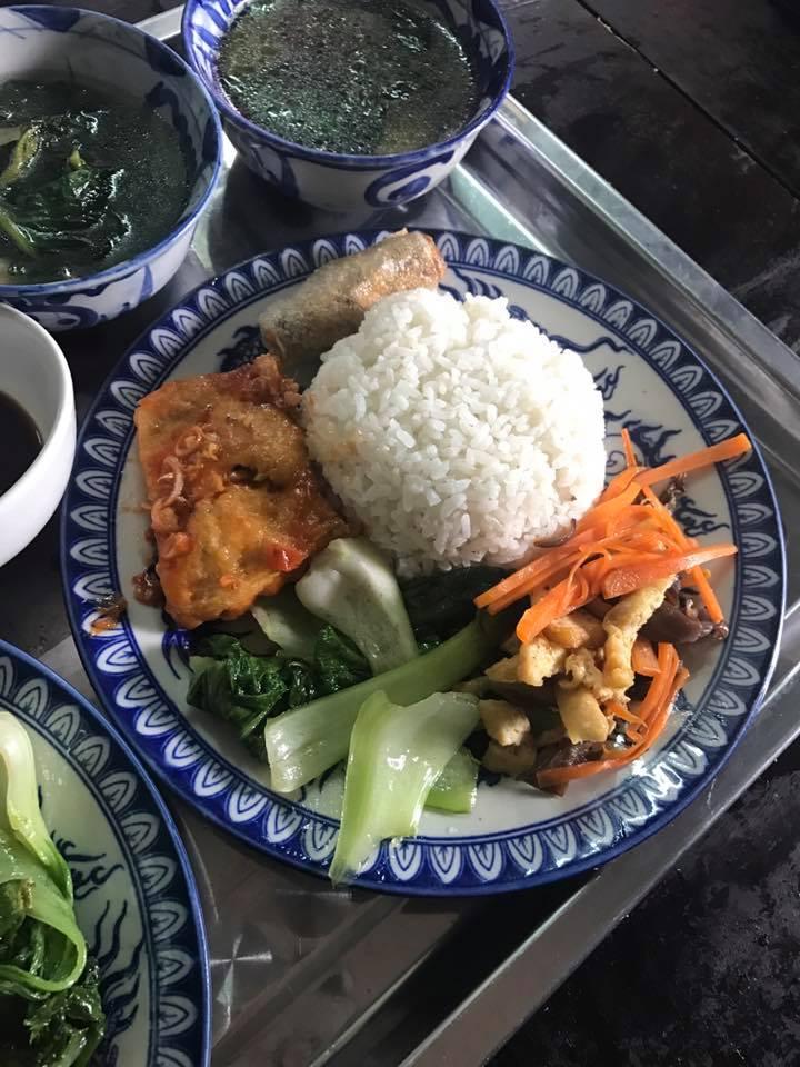 Cơm chay Tịnh Lâm Nhi