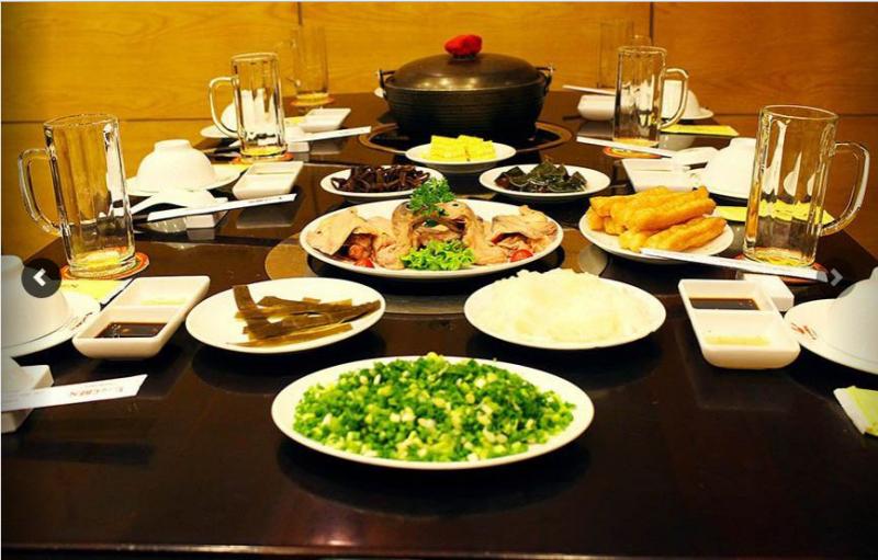 Nhà Hàng Chen là một trong số ít những nhà hàng chuyên về lẩu