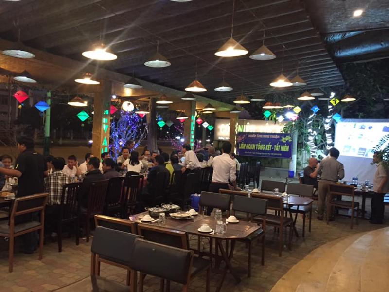 Nhà hàng Cơm Niêu Lộc Ký
