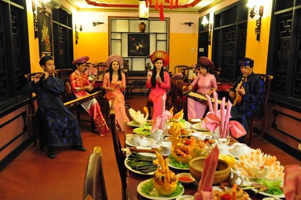 Nhà hàng Cung Đình Huế,