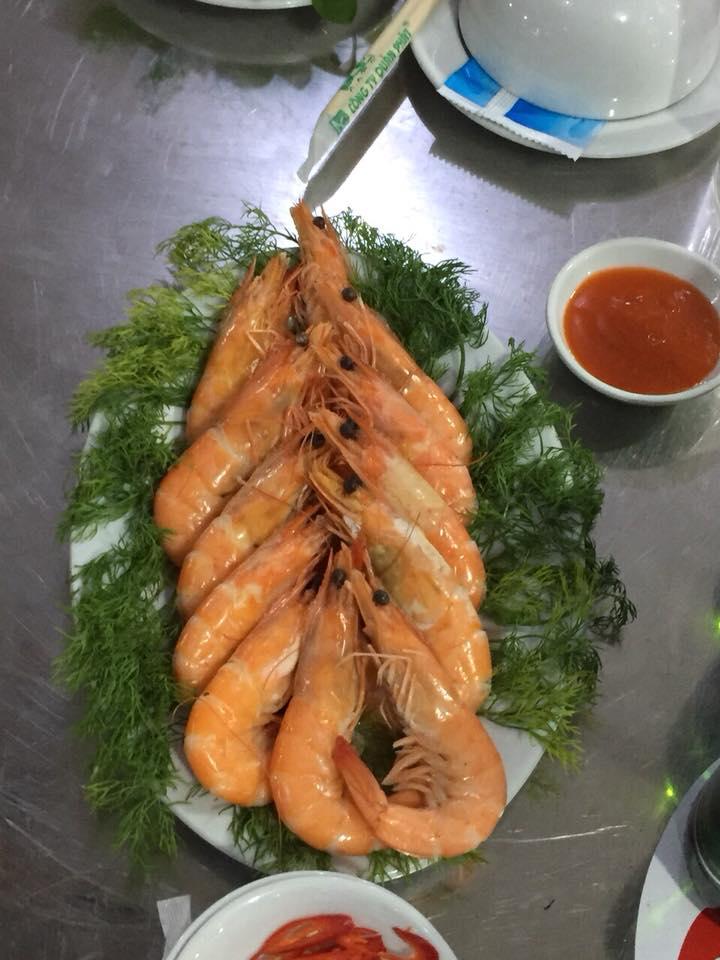 Món ăn thơm ngon được chế biến tại nhà hàng Đồ Sơn 689