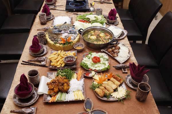 Nhà hàng Đông Hải - Hải sản cá sông
