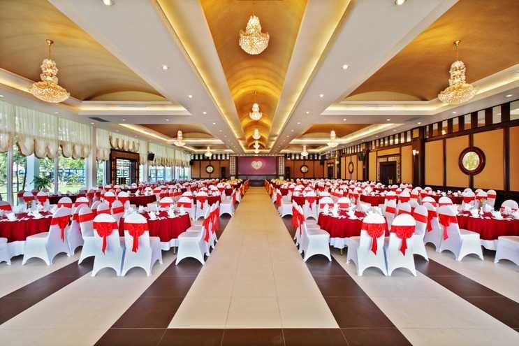 Nhà hàng Full House