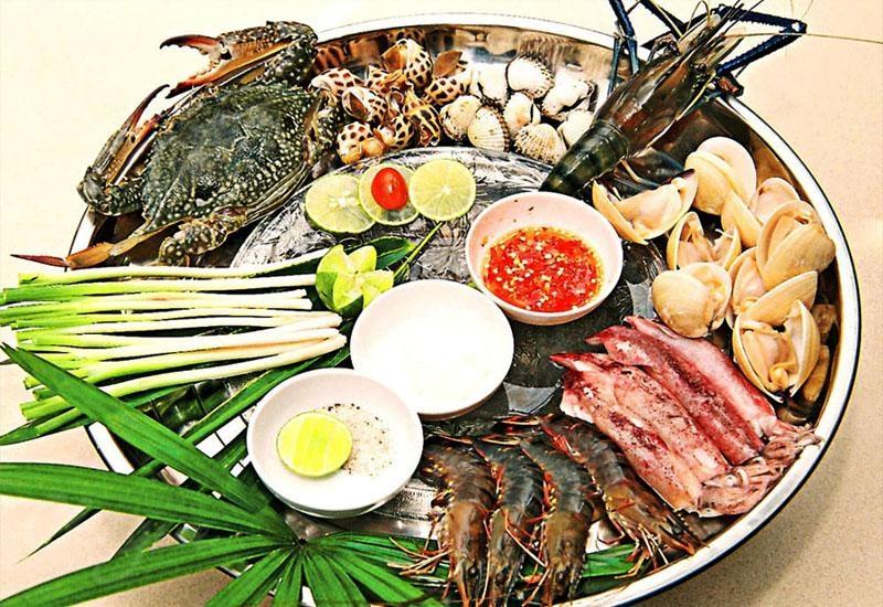 Nhà hàng Hải Sản Ngon phục vụ hải sản tươi ngay tại chỗ