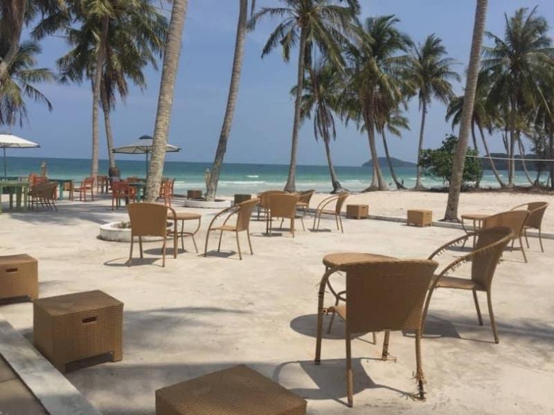 Nhà hàng bãi biển Paradiso