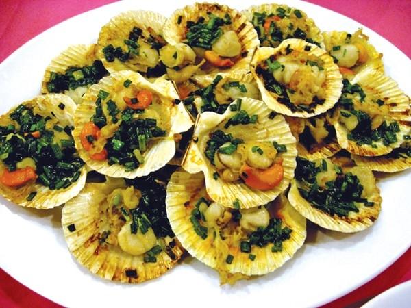 Nhiều món ăn được chế biến khá công phu