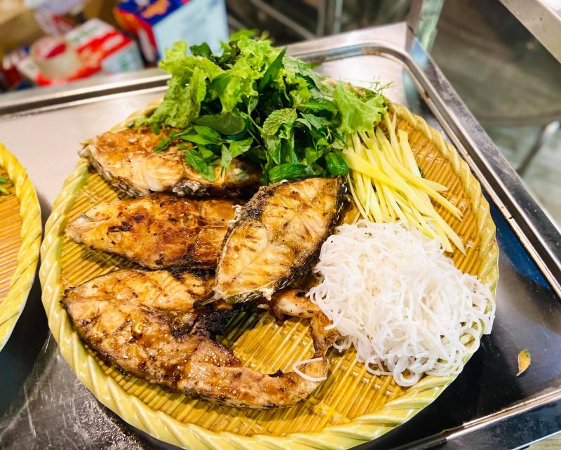 Nhà hàng Hướng Dương - Eo Gió
