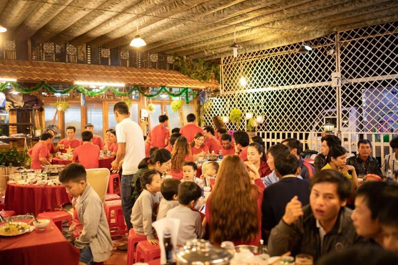 Nhà hàng Hướng Liễu