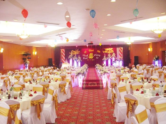 Nhà hàng khách sạn Anphaan