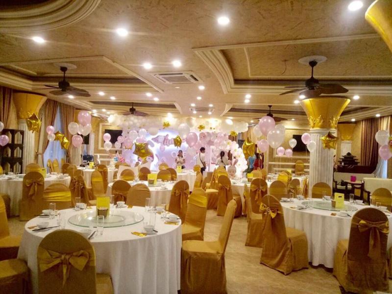 Không gian tiệc cưới tại Nhà hàng Lake View
