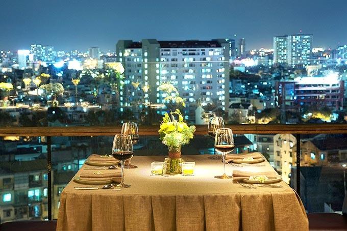 Top 10 nhà hàng lãng mạn nhất thích hợp hẹn hò vào dịp valentine tại TP. HCM
