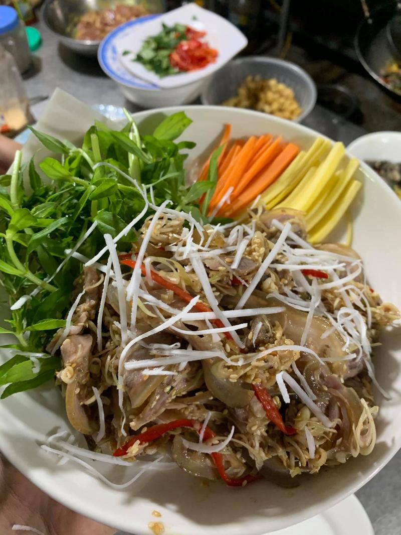 Nhà hàng Minh Râu