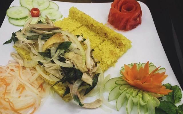 Món ăn mang hương vị ẩm thực xứ Quảng của Nhà Hàng Món Việt