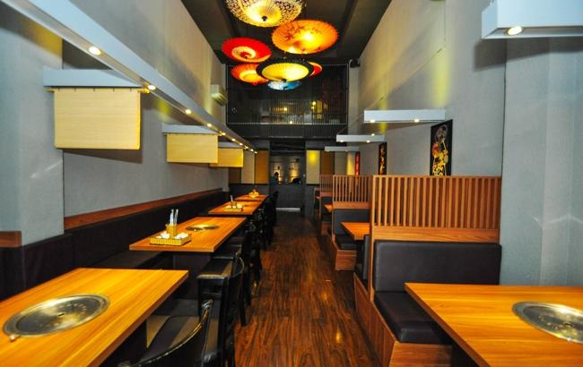Không gian nhà hàng vô cùng lịch sự