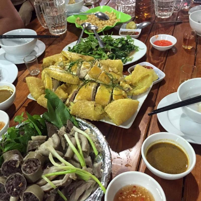 Đặc sản Vịt Bầu Quỳ Châu của Nhà hàng Phố núi