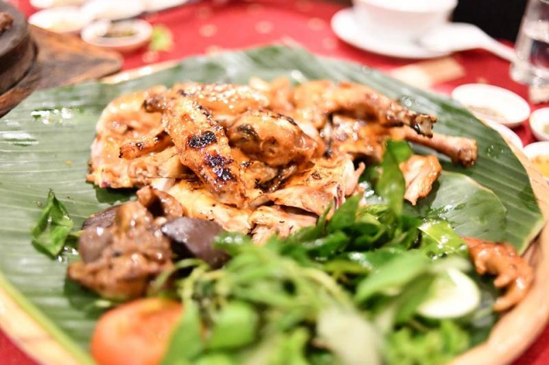 Nhà hàng Quê Nhà – Phạm Ngọc Thạch