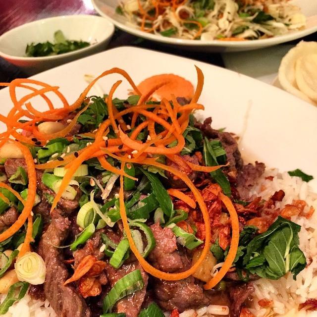 Nhà hàng Saigon And More