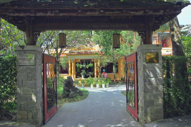 Nhà hàng sân vườn Ý Thảo