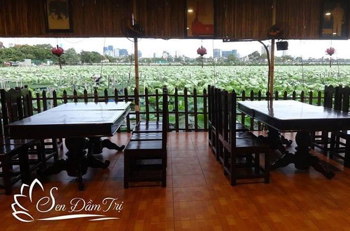Nhà hàng Sen Đầm Trị là một trong những nhà hàng sinh thái đậm chất thiên nhiên ở Hà Nội
