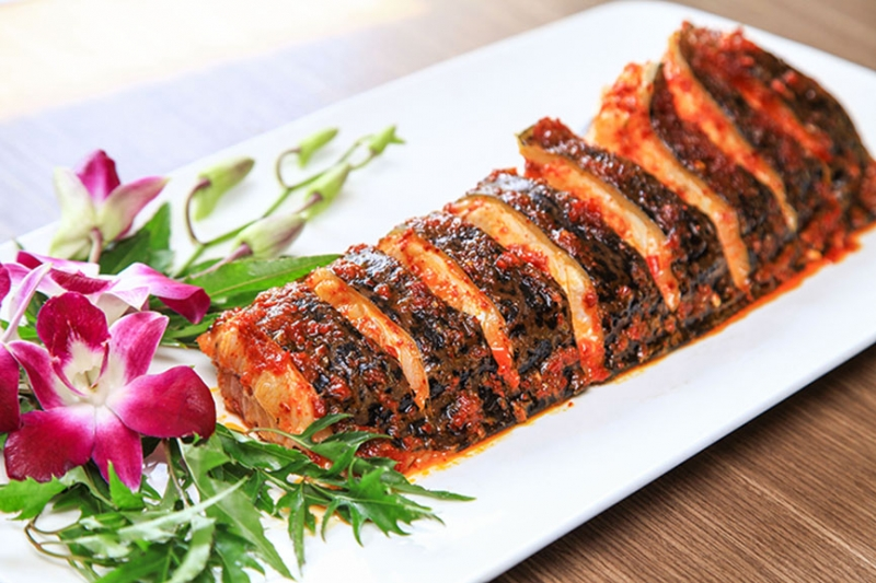 Sen Đầm Trị mang đến cho thực khách những món Việt, tụ hội tinh hoa ẩm thực ở cả 3 miền