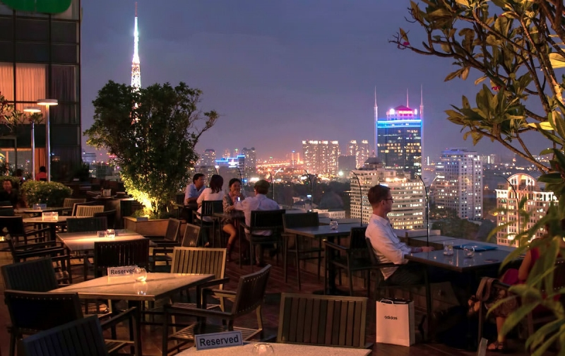 Top 9 Nhà hàng có không gian ngoài trời đẹp nhất TP. Hồ Chí Minh